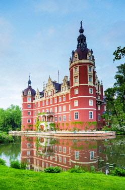 GER10930 Europe, Germany, Saxony, Bad Muskau, Muskauer Park, Neues Schloss castle, Unesco site, built by Prince Hermann von Puckler-Muskau