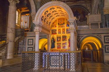 ITA13124AW San Miniato al Monte Church interior, Florence, Tuscany, Italy, Europe