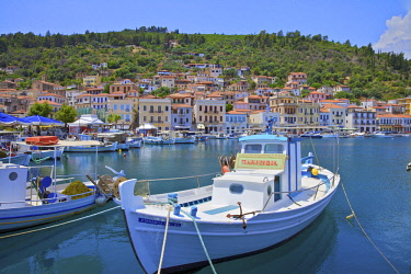 GR247RF The Harbour at Gytheio, Mani Peninsula, The Peloponnese, Greece, Southern Europe