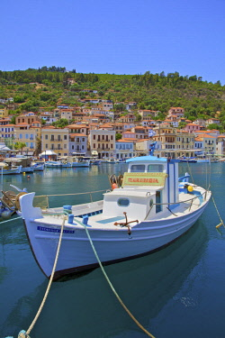 GR248RF The Harbour at Gytheio, Mani Peninsula, The Peloponnese, Greece, Southern Europe