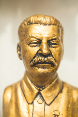 BY01080 Miniture bust of Stalin, Minsk, Belarus