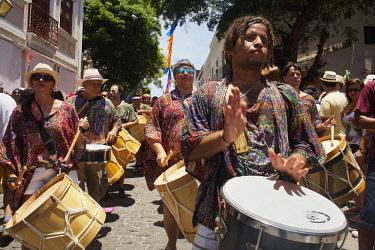 HMS3064145 Brazil, Pernambuco, Olinda, Historic Center classified World Heritage of Humanity by UNESCO, Maurício de Nassau House, Olinda Carnival, Parade of percussionists