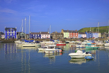 UK06206 The Harbour at Aberaeron, Cardigan Bay, Wales, United Kingdom, Europe,