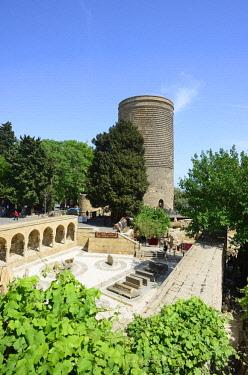 AZE0113AWRF The Maiden Tower (Qiz Qalasi), a 12th century monument in the Old City, and Haji Bani Bath complex (Haji Gayib's bathhouse), a UNESCO World Heritage Site. Baku, Azerbaijan