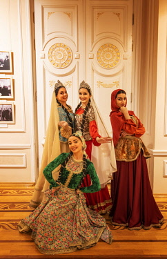 AZE0080AW Beautiful girls wearing traditional dresses, Azerbaijan State Museum of Art (National Art Museum of Azerbaijan). Baku, Azerbaijan