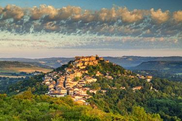FRA10410AW Cordes sur Ciel, Tarn, Occitanie, France