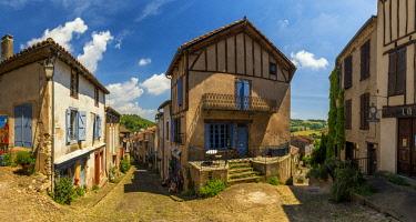 FRA10411AW Cordes sur Ciel, Tarn, Occitanie, France