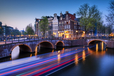 NLD0856AW Canals near the Keizergracht at Night, Amsterdam, Holland, Netherlands