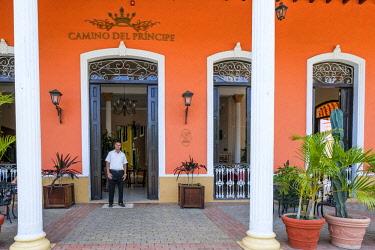 HMS3119952 Cuba, Villa Clara province, colonial city of Remedios founded in the 16th century, Plaza Mayor, Camino del Principe boutique hotel
