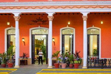 HMS3119987 Cuba, Villa Clara province, colonial city of Remedios founded in the 16th century, Plaza Mayor, Camino del Principe boutique hotel