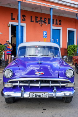HMS3120000 Cuba, Villa Clara province, colonial city of Remedios founded in the 16th century, old american car of the 50's, Plaza Mayor