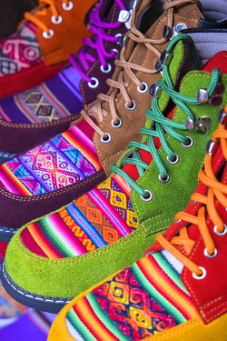 HMS2356794 Peru, Cusco Province, Cusco, listed as World Heritage by UNESCO, shoes shop