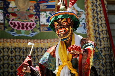 HMS3026582 India, Jammu and Kashmir State, Himalaya, Ladakh, Indus valley, festival at the Buddhist monastery of Phyang, sacred mask dances performed by monks