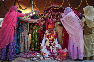 HMS2397716 India, Rajasthan, Jodhpur, a royal Rajasthani wedding between Param Vijay et Kamakshi Kumari, day 1, the groom is ready to face the wedding, 3 days of ceremonies are attended by hundreds of guests fro...