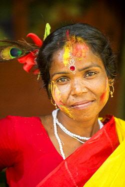 HMS2236382 India, West Bengal, Sundarbans, listed as World Heritage by UNESCO, Mazidbari village, dancer girl