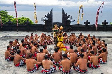 HMS3078797 Indonesia, Bali, Uluwatu, Kecak dance or monkey dance