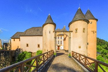 LUX0117AWRF Bourglinster castle, Kanton Grevenmacher, Luxembourg
