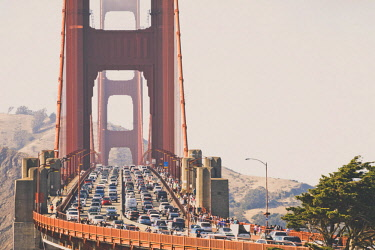 AURKICH015572 The Golden Gate Bridge is a suspension bridge spanning the Golden Gate, the one-mile-wide (1.6 km) strait connecting San Francisco Bay and the Pacific Ocean. The structure links the American city of S...