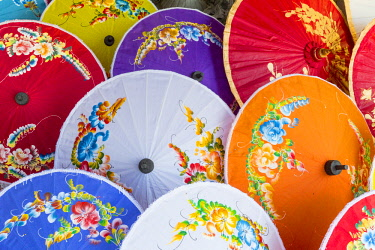 HMS3034781 Thailand, Chiang Mai province, Bo Sang, a village specializing in the manufacture of parasols