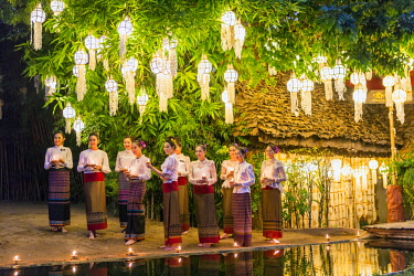 HMS3034797 Thailand, Chiang Mai province, Chiang Mai, Wat temple Phan Tao, the election of Miss Chiang Mai 2017