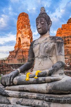 HMS3082841 Thailand, Ayutthaya province, Ayutthaya, Historical Park listed as World Heritage by UNESCO, Wat Mahathat