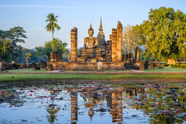 HMS3089344 Thailand, Sukhothai province, Sukhothai Historical Park listed as World Heritage by UNESCO, Wat Mahathat