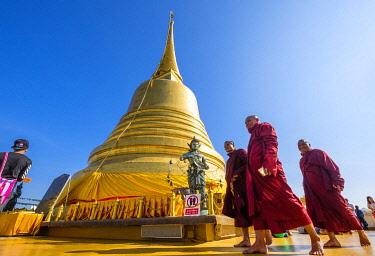 HMS3264030 Thailand, Bangkok, Pom Prap Sattru Phai district, Wat Saket or Golden Mountain Temple