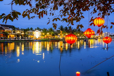 HMS2479760 Vietnam, Quang Nam province, Hoi An, old town listed as World Heritage by UNESCO, along the Thu Bon River