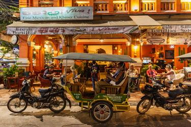 CM02221 Cambodia, Siem Reap, Pub Street, Mexican Restaurant, NR
