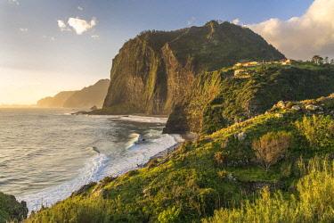 CLKFV91626 Cliffs and waves at Faial, Santana municipality, Madeira Island, Portugal.