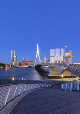 NLD0890AW Erasmus Bridge (Erasmusbrug) at dusk, Rotterdam, Zuid Holland, Netherlands