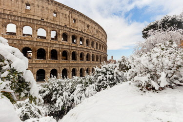 CLKGL90713 Colosseum after the great snowfall of Rome in 2018 Europe, Italy, Lazio, Province of Rome, Rome