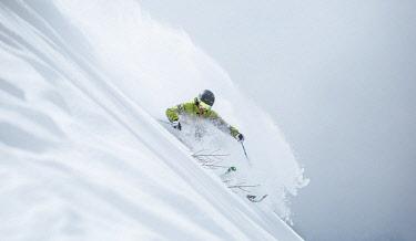 CLKMD88750 skiing in fresh snow, brenta, trentino alto adige