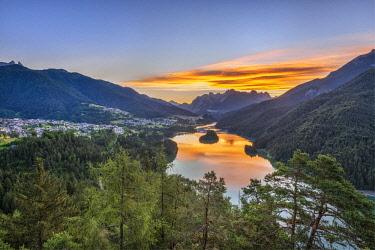 CLKMK92299 Pieve di Cadore, province of Belluno, Veneto, Italy The Lake di Centro Cadore at sunrise