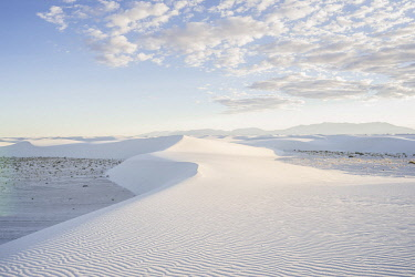 ARHOZA000269 Majestic scenery of desert at White Sands National Monument, New Mexico, USA