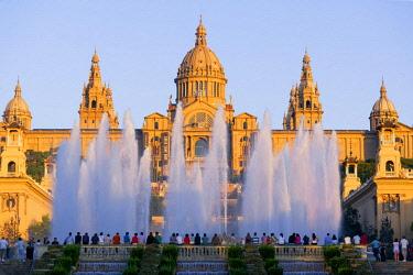 SPA8175AWRF The Magic Fountain and Palace of Montjuic, Barcelona, Catalonia, Spain