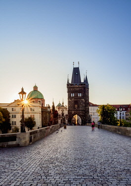 CZE2015AWRF Charles Bridge at sunrise, Prague, Bohemia Region, Czech Republic