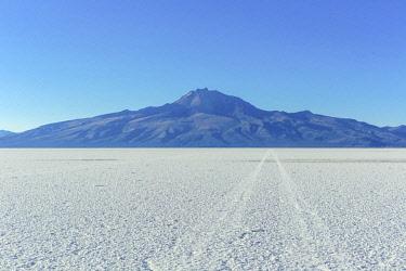 BV02109 Uyuni salt flat, Salar de Uyuni, near Tahua, Potosi department, Bolivia