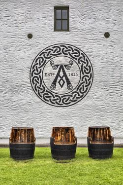 UK03426 Ardbeg distillery, Islay, Inner Hebrides, Argyll, Scotland, UK