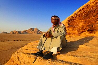 IBXNEX04576336 Bedouin looking at Wadi Rum, Jordan, Asia