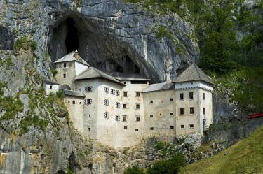 IBXRMM04096922 Predjama Castle, Predjamski Grad, Predjama, near Postojna, Slovenia, Europe
