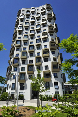 IBXABC04390101 Modern high-rise building, residential area, newly-builtHofmann H�fe, Obersendling, Munich, Bavaria, Germany, Europe