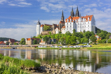 IBXPUR04636088 Albrechtsburg Castle, Cathedral and Bischofsschloss with Elbe River, Meissen, Saxony, Germany, Europe