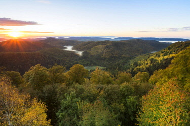 IBXSTA04061784 View of the Palatinate Forest from Wegelnburg Castle, morning mood in Nothweiler, Rhineland-Palatinate, Germany, Europe