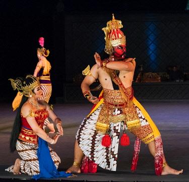 IDA0811AW Ramayana dance performance in Prambanan, Yogyakarta, Java, Indonesia