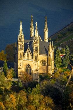IBLBLO04285583 Apollinariskirche am Rhein, Remagen, Rhine Valley, Rhineland-Palatinate, Germany, Europe
