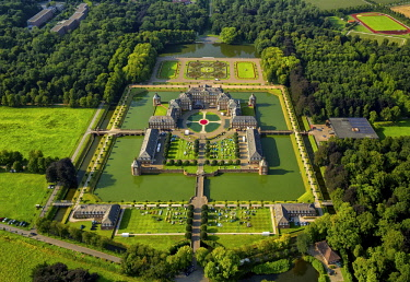 IBLBLO04320470 Aerial view, moated castle Nordkirchen, baroque palace and garden, classical open-air event Night of ten thousand candles, Nordkirchen, Munsterland, North Rhine-Westphalia, Germany, Europe
