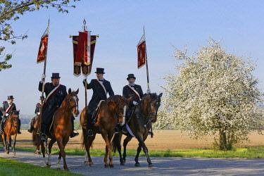 IBLMAN04384729 Blutritt, mounted procession in Weingarten, Upper Swabia, Swabia, Baden-Wurttemberg, Germany, Europe