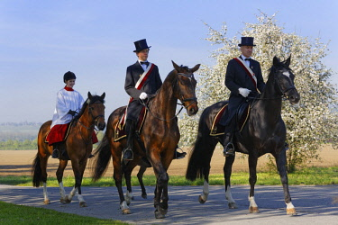 IBLMAN04384730 Blutritt, mounted procession in Weingarten, Upper Swabia, Swabia, Baden-Wurttemberg, Germany, Europe
