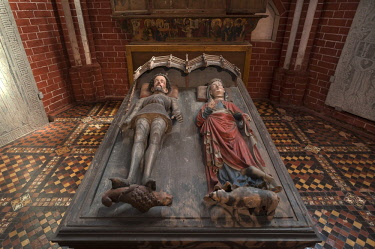 IBLMZC04370712 High grave or Tumba of Albrecht III. of Mecklenburg and his wife Richardis of Schwerin, gothic grave arts, Doberan Minster, Bad Doberan, Mecklenburg-Western Pomerania, Germany, Europe
